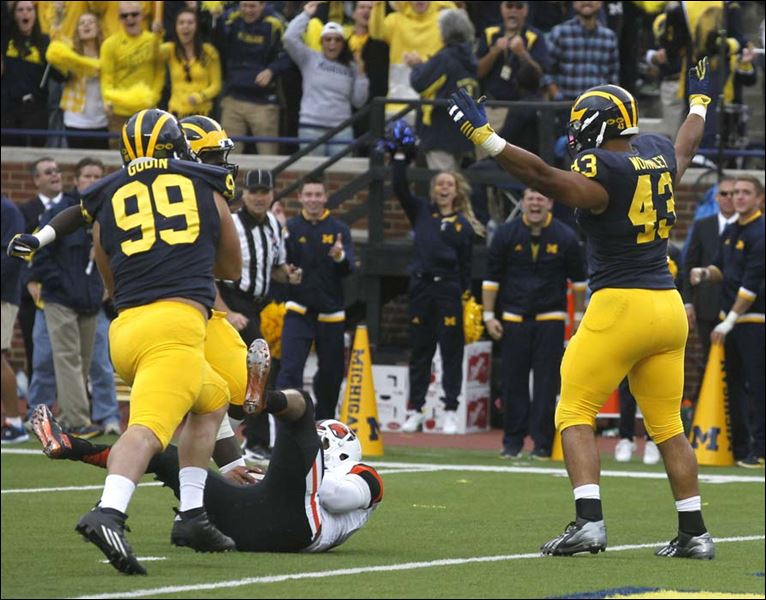 Michigan quietly assembling a top defensive line haul in for M go fish