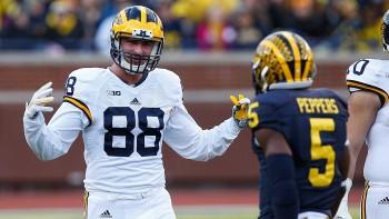 Permalink to: 5 Burning Questions for the 2016 Michigan Wolverines